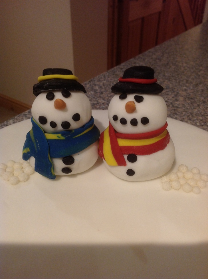 The snowmen..bit rushed so they are a bit rough and ready!
